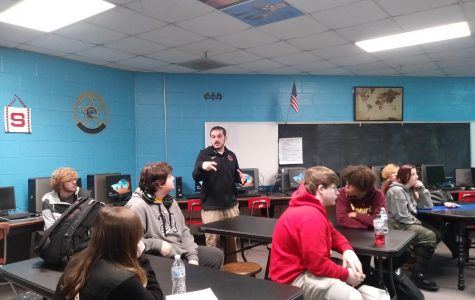 Criminal Justice teacher Tobey Alonso instructs his first period class.
